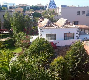 Blick vom Zimmer auf die Anlage Lopesan Villa del Conde Resort & Spa