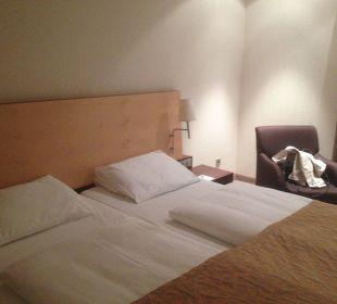 Großes Bett Hotel Dorint an der Messe Köln