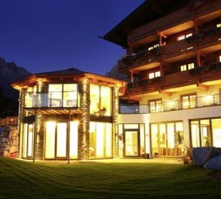Abends... Hotel Almhof