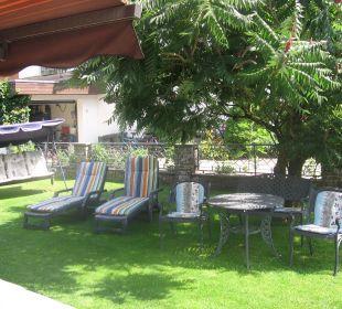 Entspannen im ruhigen Garten  Haus Kern
