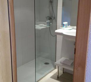 Bad mit Dusche Hotel JS Alcudi Mar
