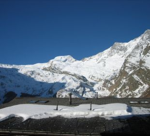 Ausblick Balkonfenster Sunstar Boutique Hotel Beau-Site Saas-Fee