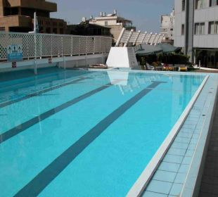 Pool Hotel Metropolitan