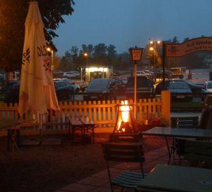 Biergarten am Abend Haus 2 Hotel Luitpold am See 1&2