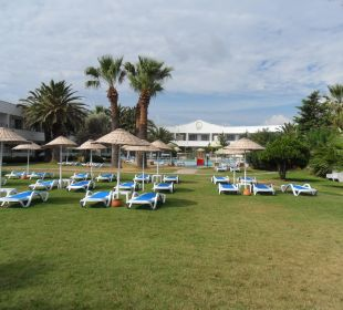 Pool beim Strand Altin Yunus Resort & Thermal Hotel