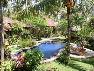 Saraswati Holiday House