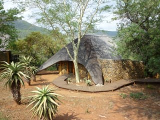 Hotel Mkuze Falls Game Lodge