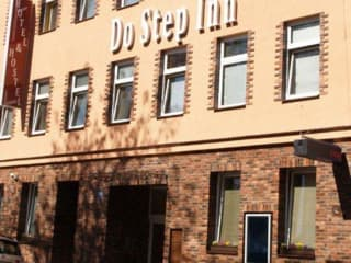 Hotel Hostel Do Step Inn