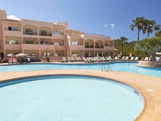 Invisa Hotel Cala Blanca