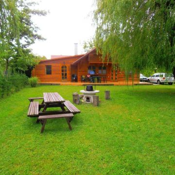 Holiday Home Ferienhäuser Balatonmariafürdö