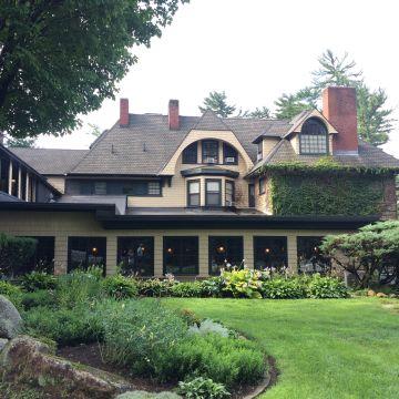 Hotel Stonehurst Manor