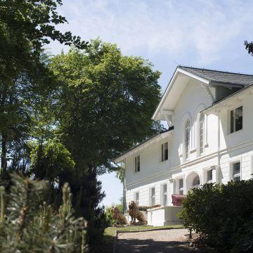 Hotel Weißes Schloß