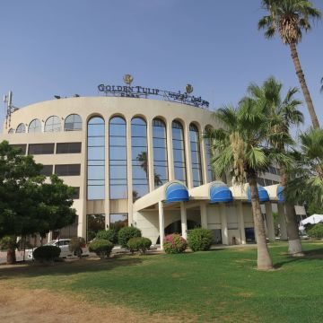 Hotel Golden Tulip Seeb Muscat