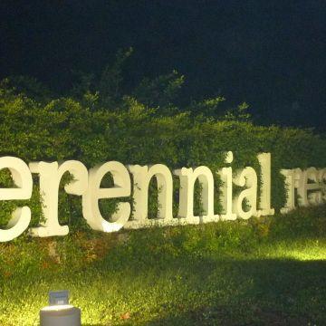 Hotel Perennial Resort