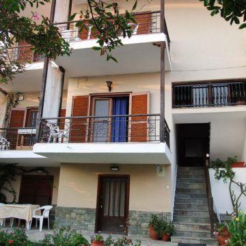 Evristhenis House 1