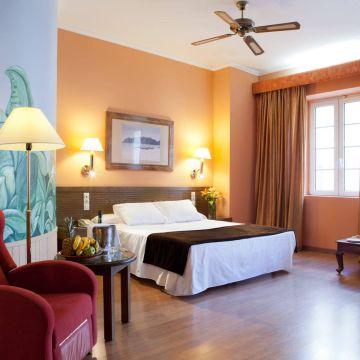 Senator Cádiz Spa Hotel