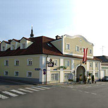 Stadt-gut-Hotel Biedermeier Hof