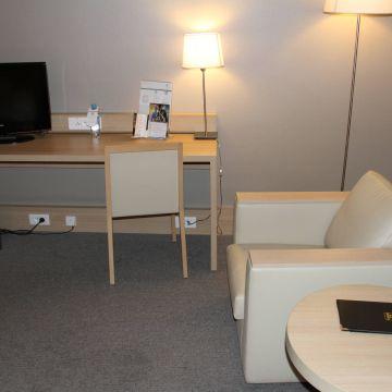 Best Western Plus Hotel Paris Orly Airport