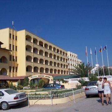 Hotel Olivera Resort