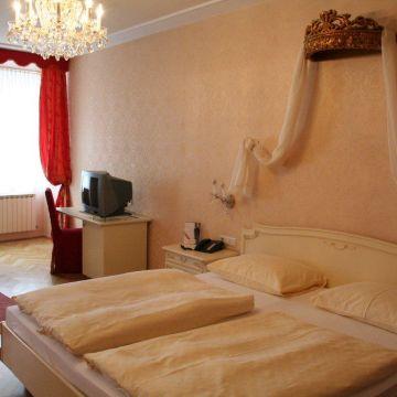 Pertschy Hotel