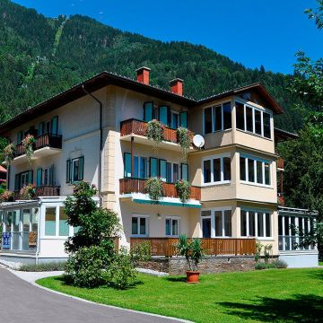 Villa Marienhof - Appartments am Ossiachersee