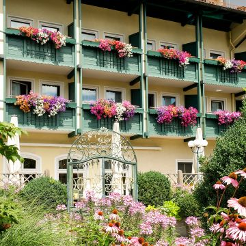 Hotel & Gasthof Bauer
