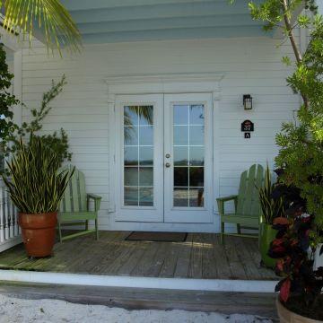 Parrot Key Hotel & Resort