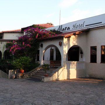Hotel Alara