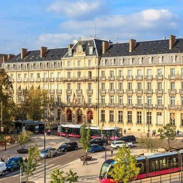 Grand Hôtel La Cloche MGallery Collection