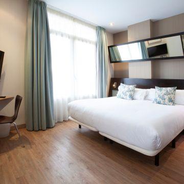 Hotel Petit Palace Germanias