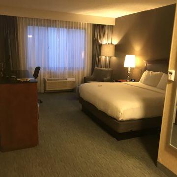 DoubleTree Hotel by Hilton Hotel Detroit Novi