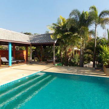 Hotel Monn Phu Phrai