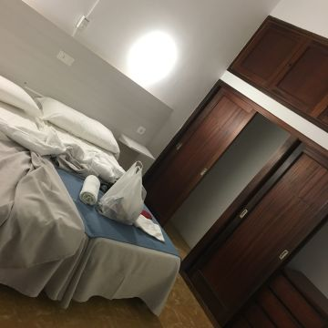 Hotel Borras / Marina