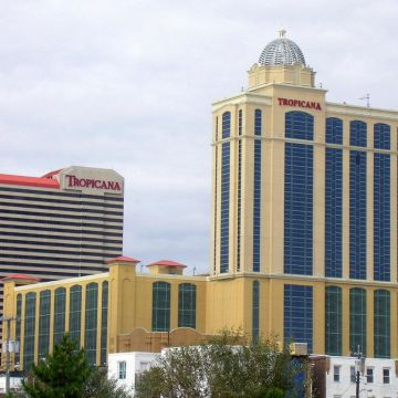Hotel Tropicana Casino & Resort
