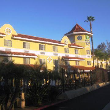 Hotel Holiday Inn Express San Diego-Escondido