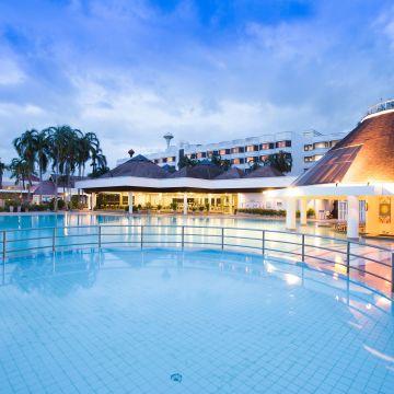 Hotel Amarin Lagoon
