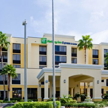 Holiday Inn Express & Suites Kendall East-Miami