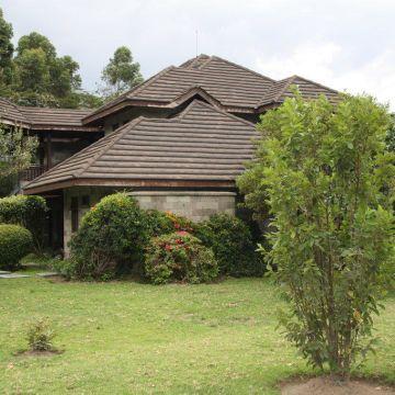 Hotel Naivasha Simba Lodge