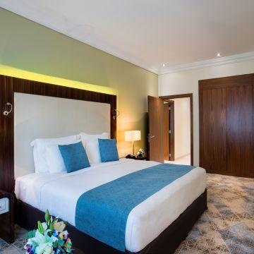 Hotel Auris Plaza