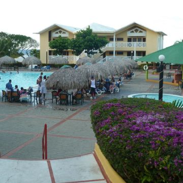 Hotel Luperon Beach Resort