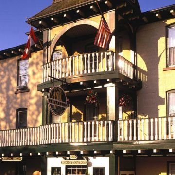 Hotel Gananoque Inn & Spa