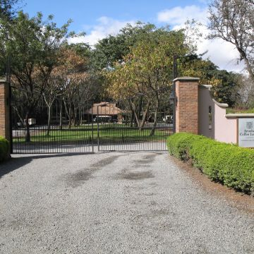 Hotel Arusha Coffee Lodge