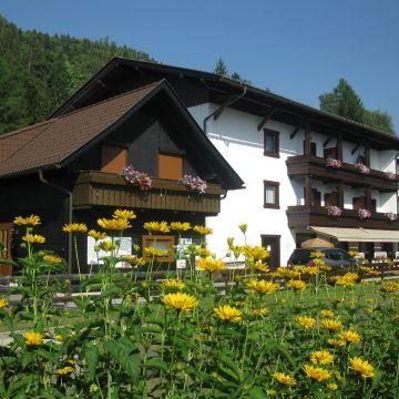 Pension & Ferienwohnungen Goldene Rose (geschlossen)