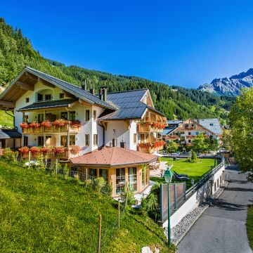 Almhof Alpin-Apartements & Spa