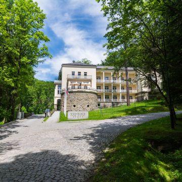 Hotel Modrzewie Park