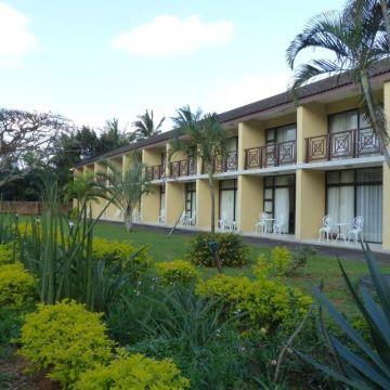 Hotel Elephant Lake