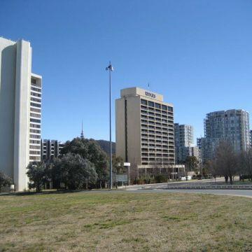 Hotel QT Canberra