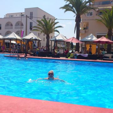 Hotel Vista al Mar