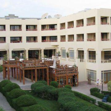 Hotel Charm Life Paradise Resort