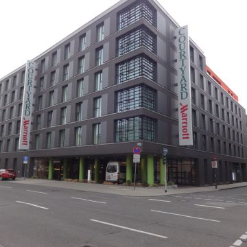 Hotel Courtyard by Marriott Cologne